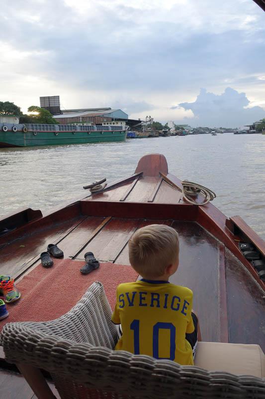 Spanaren på Mekongfloden.