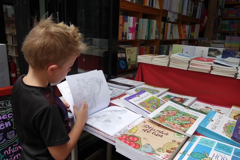 Mandalas böcker till en billig peng, 15 sek.